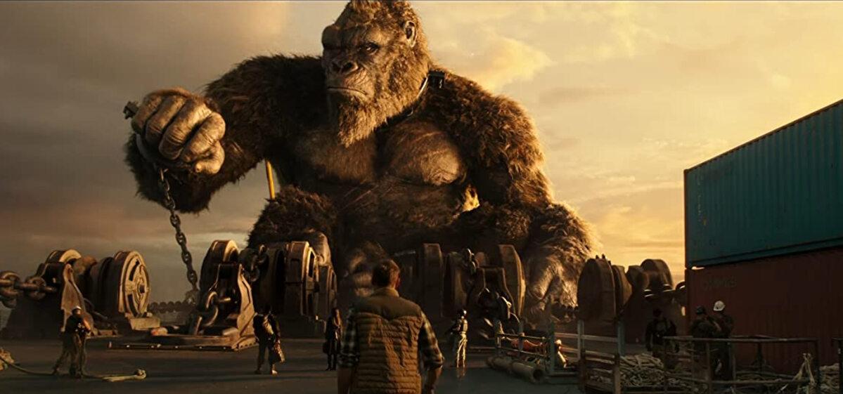 "Kadr z filmu ""Godzilla kontra Kong"""