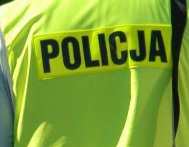 Cysterna z gazem po zderzeniu w rowie, trasa Warszawa-Lublin zablokowana