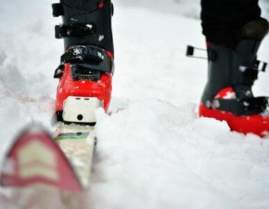 Motocyklista wjechał w narciarza. Połamał mu nogi