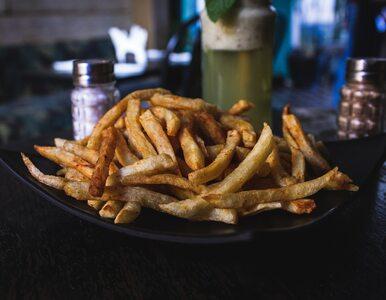 Naukowcy: Jedzenie smażonych potraw może zwiększać ryzyko przedwczesnej...