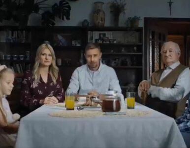 """""""Zwykła polska rodzina"""" w spocie Koalicji Obywatelskiej to... aktorzy...."""
