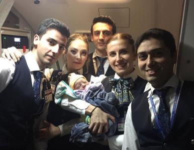 Kobieta urodziła na wysokości 13 tysięcy metrów. Pomogła załoga samolotu