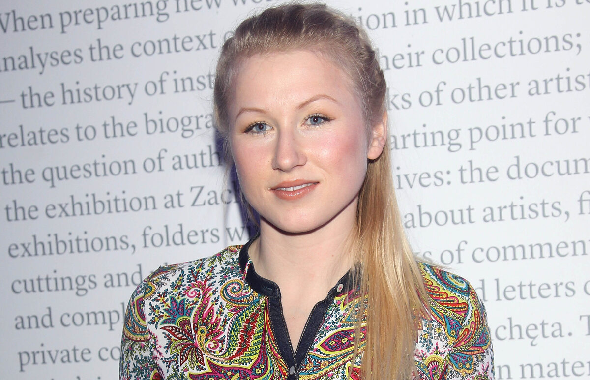 Karolina Piechota Aktorka, która wciela się w serialu w Hannę Bakułę.