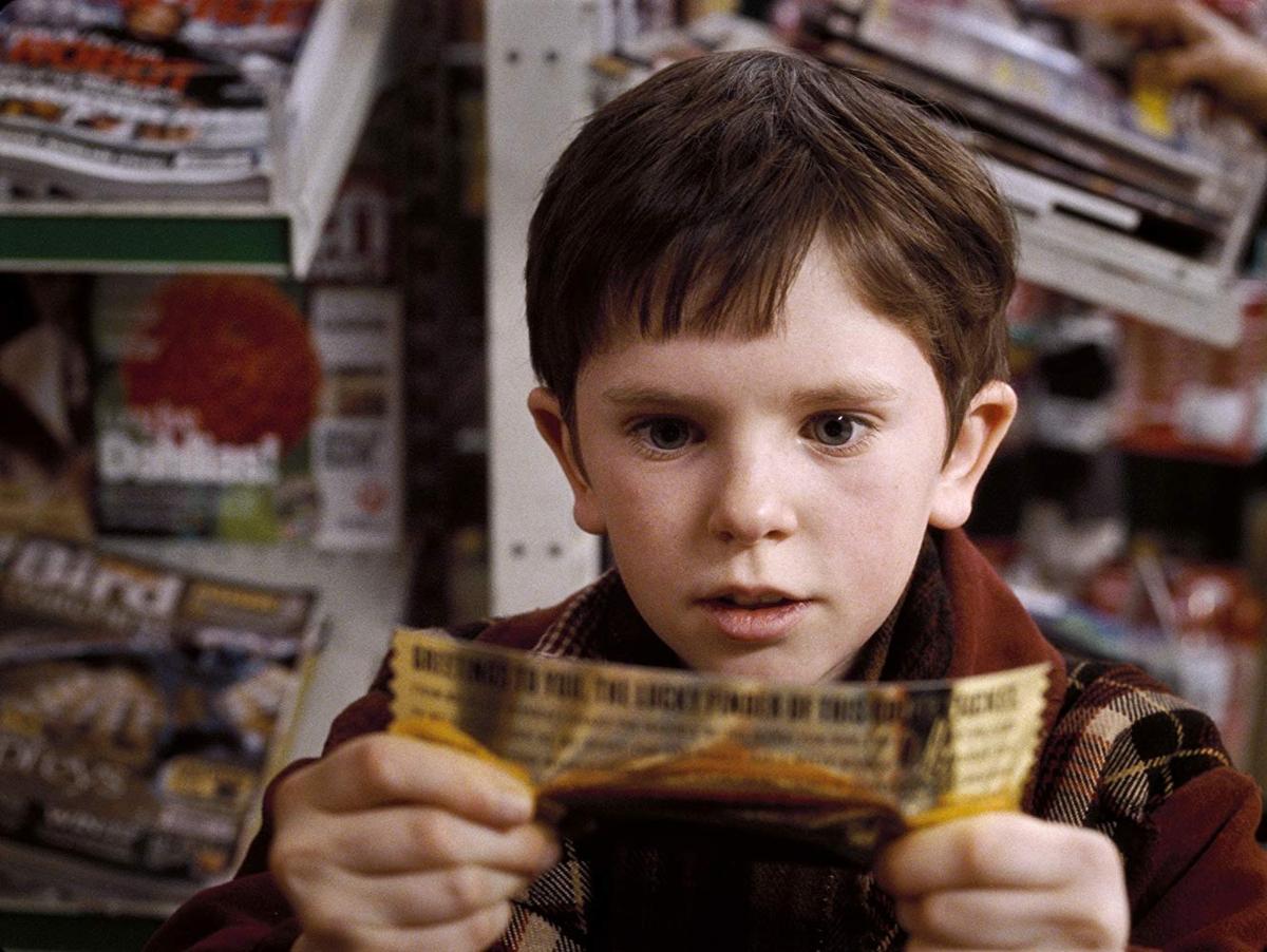 """Freddie Highmore w """"Charlie i fabryka czekolady"""" (2005)"""