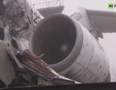 Cmentarzysko samolotów na zniszczonym lotnisku w Doniecku