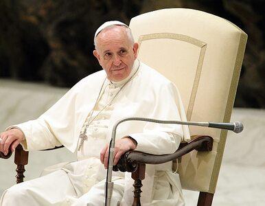 """Papież przejdzie na emeryturę? """"Franciszek przeliczył się z siłami"""""""