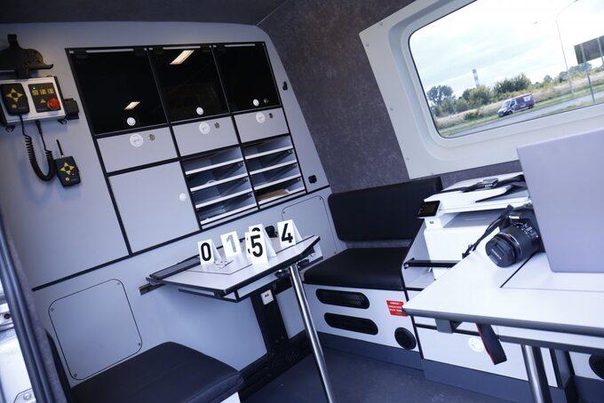Ambulans Pogotowia Ruchu Drogowego