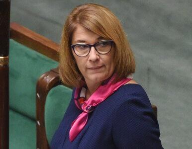 """Beata Mazurek zaliczyła wpadkę podczas konferencji. """"Kaczyński od lat..."""