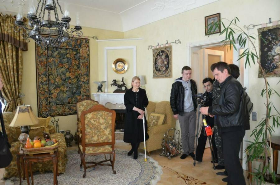 Rezydencję Julii Tymoszenko w kijowskiej Konczy-Zaspie odwiedzili aktywiści z Majdanu. Chcieli zobaczyć w jakich warunkach żyje była premier.