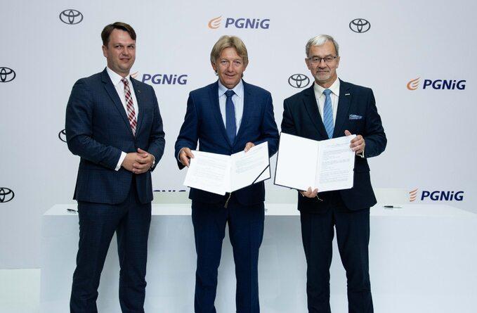 PGNiG podpisuje umowę owspółpracy zToyotą