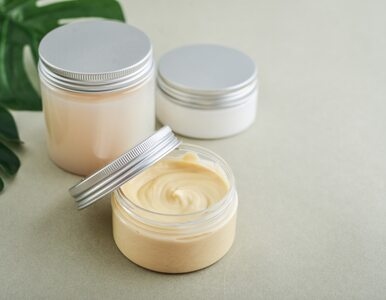 Dermokosmetyki: czym się różnią od kosmetyków i na co pomagają?