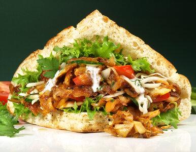 Kebab i inne fast foody podrożeją? Rząd chce podnieść stawkę VAT