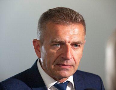 """Bartosz Arłukowicz składa propozycję Beacie Szydło. """"Wchodzi Pani?"""""""