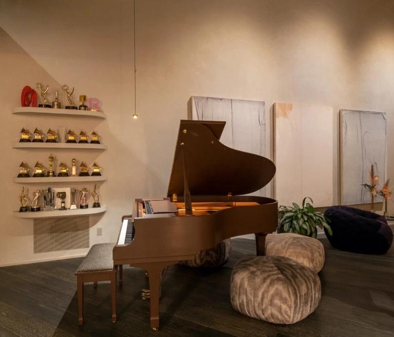 Dom Chrissy Teigen i Johna Legenda w Beverly Hills