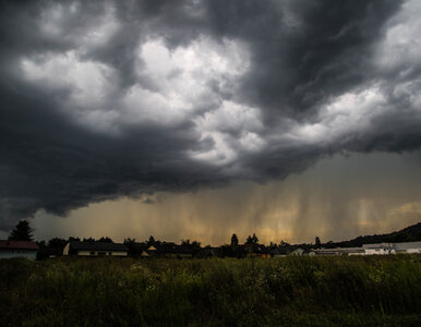 Superburze i możliwe trąby powietrzne. IMGW i RCB ostrzegają Polaków