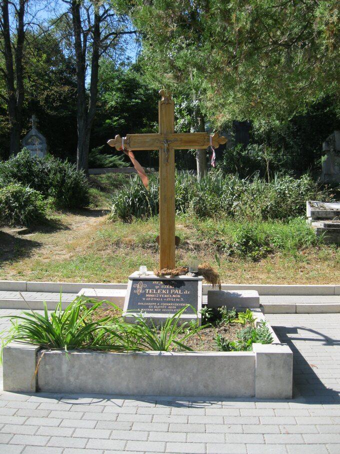 Pal Teleki grób