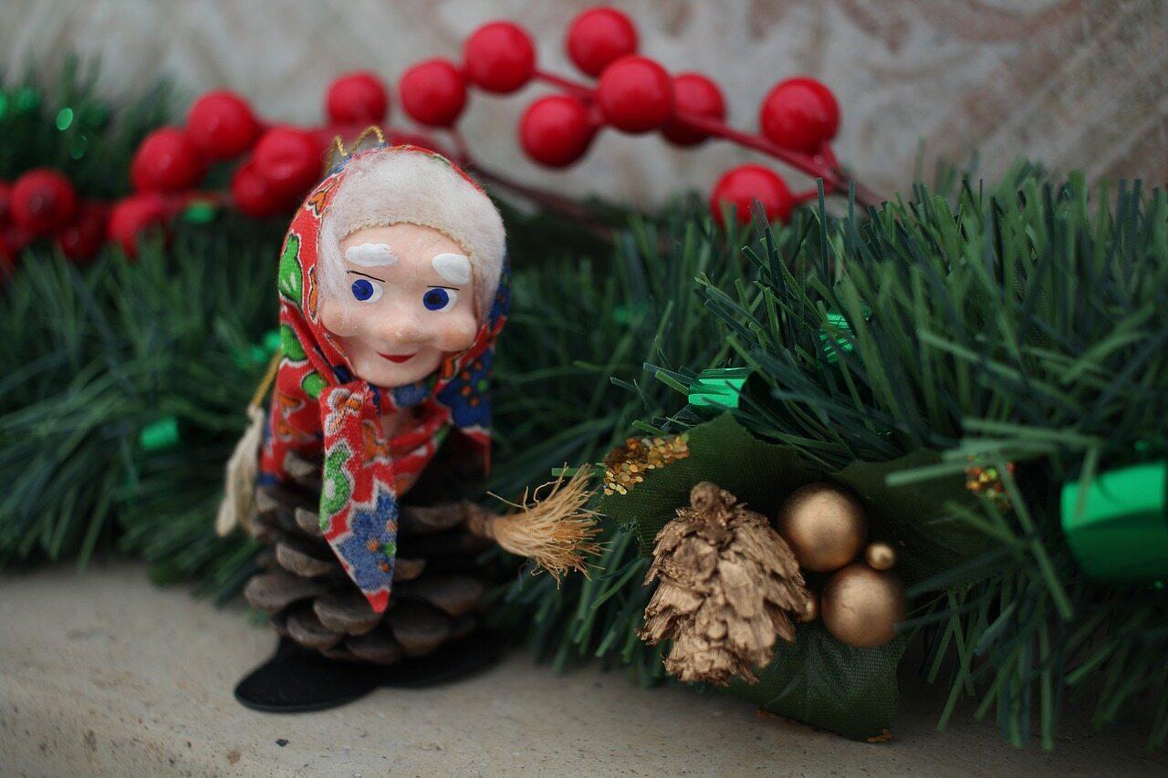 Wiedźma La Befana przejmuje rolę świętego Mikołaja...