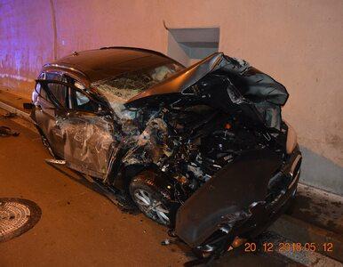 Spektakularny wypadek na Słowacji. BMW uderzyło o sklepienie tunelu