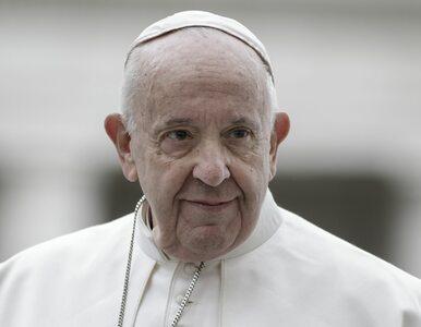 Niedziela Palmowa. Papież Franciszek w pustej bazylice: Pomyślmy o...