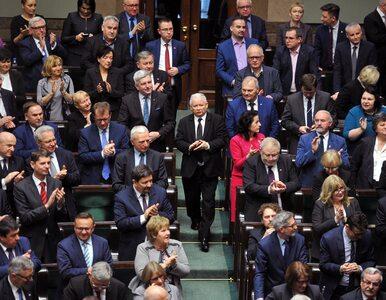 PiS składa projekt ustawy dot. obniżenia pensji posłów i senatorów