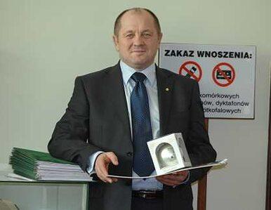 Minister składał fałszywe zeznania? Prokurator sprawdza Sawickiego