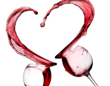 Niewielkie ilości alkoholu mogą chronić przed... atakiem serca....