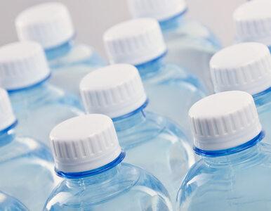 Naukowcy alarmują: Cząsteczki mikroplastiku trafiają do ludzkich organizmów