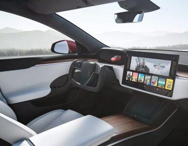 Elon Musk pokazał nową Teslę, a w niej gry CD Projektu. Akcje spółki...