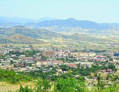 Starcia w rejonie Górskiego Karabachu. Oskarżenia o atak na cywilów,...