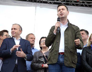 Opozycja wystartuje w wyborach w dwóch blokach? Kosiniak-Kamysz komentuje