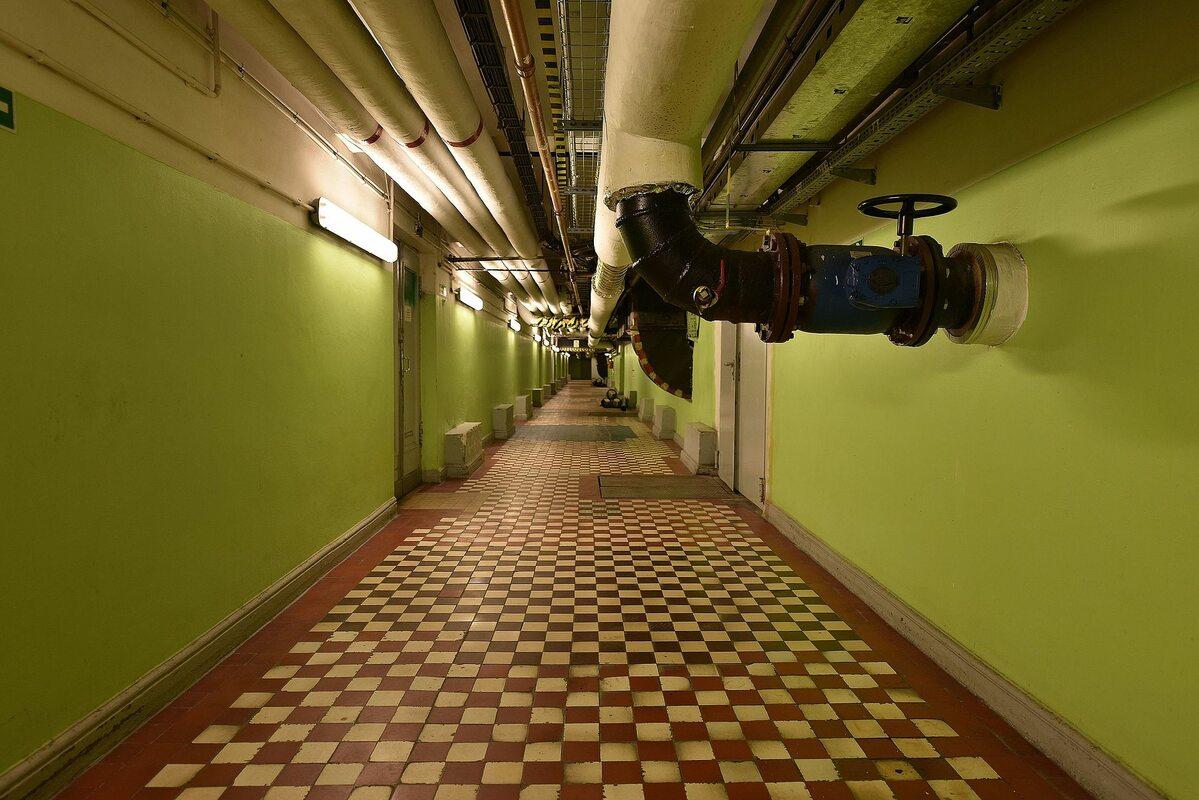 Jeden z korytarzy na poziomie –1 PKiN