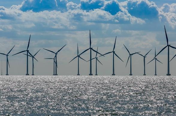 Na morzu dopiero będziemy instalować, na lądzie stagnacja. Co z polską...