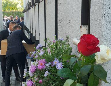 """Na """"Łączce"""" pochowano szczątki 22 ofiar komunistycznych zbrodni"""