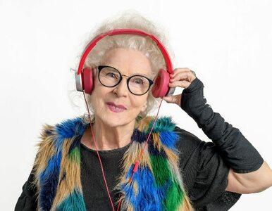 Impreza w czasach koronawirusa. 81-letnia DJ Wika daje koncert z balkonu