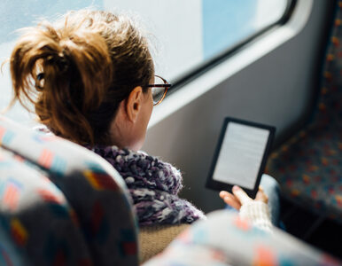 Przekonaliśmy się do e-booków. Sprzedaż wciąż rośnie