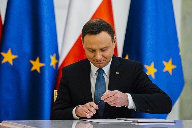 Andrzej Duda po podpisaniu ustawy
