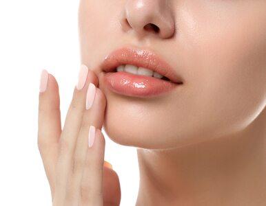 Peeling do ust: jak go stosować? Przepisy na 3 domowe peelingi
