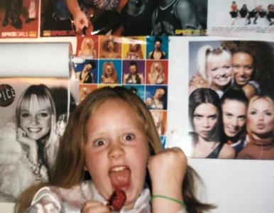 QUIZ. Rozpoznasz serialowego Lucyfera na jego zdjęciu z dzieciństwa?...