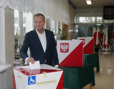 Tusk włączył się w kampanię Komorowskiego
