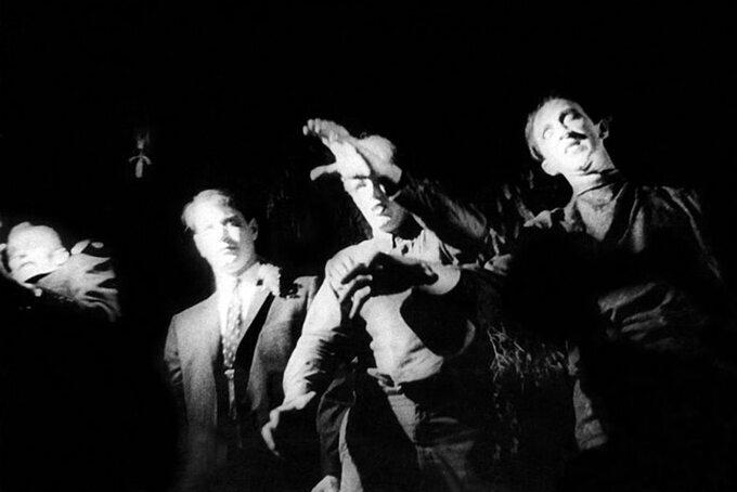 """Kadr zfilmu """"Noc żywych trupów"""" / """"Night oftheLiving Dead"""" (1968)"""