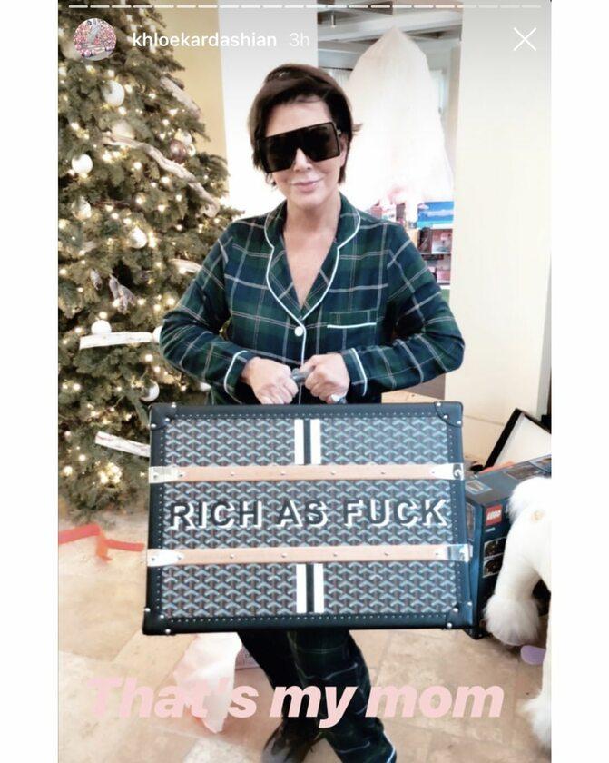 Kris Jenner z walizką