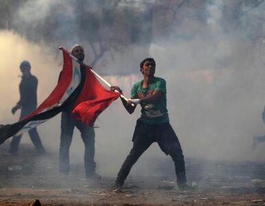 Egipt: wojsko zastępuje policję. Demonstracje trwają już sześć dni