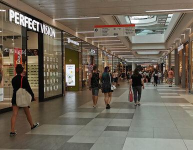 Niedziele handlowe październik 2021. Które sklepy będą otwarte 10...
