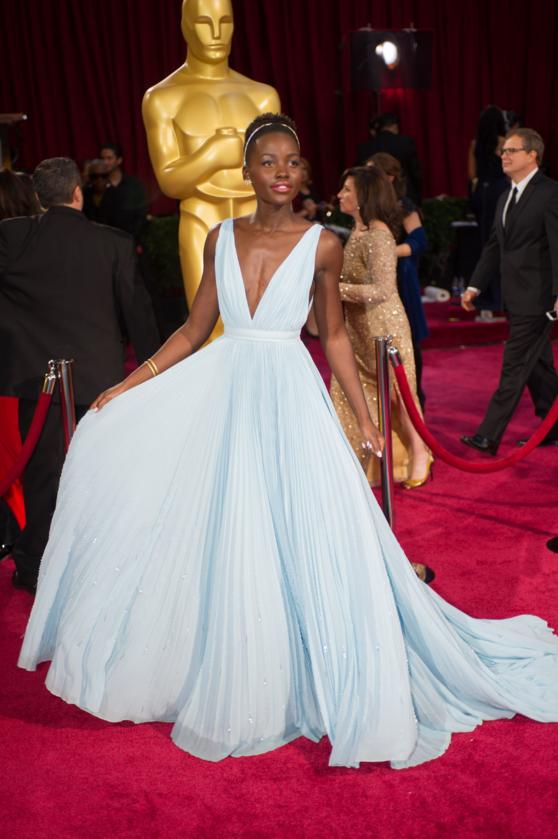 Lupita Nyong'o podczas 86. ceremonii rozdania Oscarów w 2014 roku