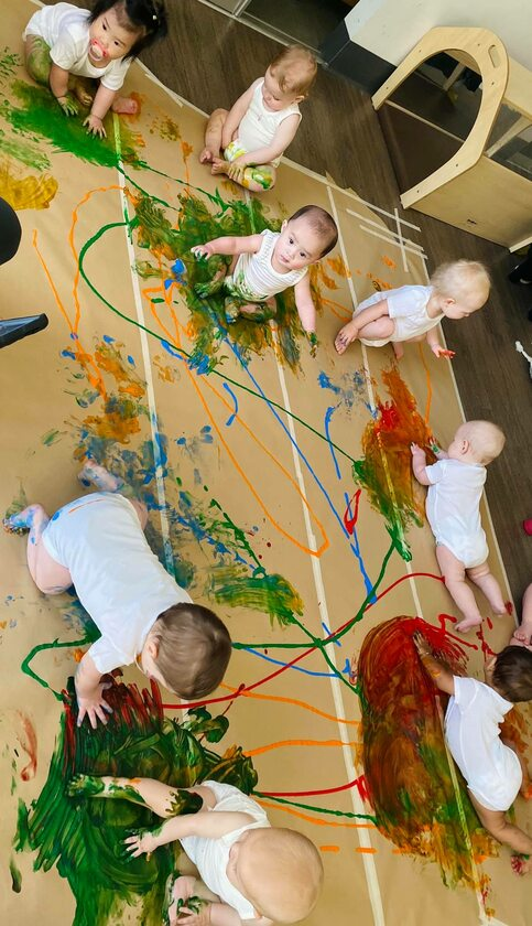 Dzieci z przedszkola Green Leaves