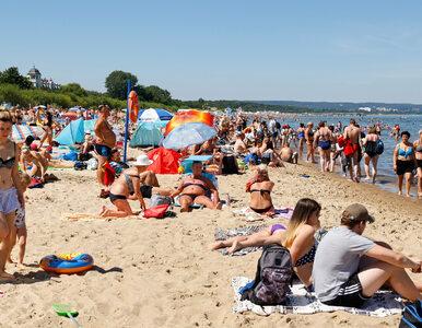 Pierwsze zakażenia wśród turystów wracających znad morza. Na Mazurach...