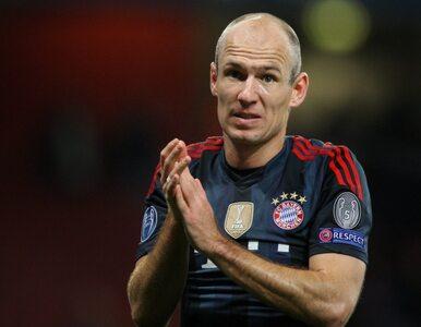 Robben opluł zawodnika Arsenalu?