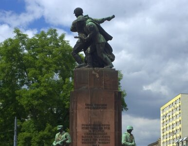 """""""Chwała bohaterom Armii Radzieckiej""""? Warszawiacy mówią: nie"""