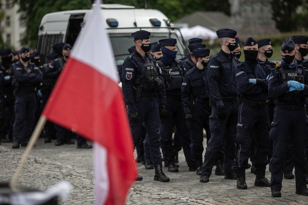 Policja podczas protestu przedsiębiorców w Warszawie