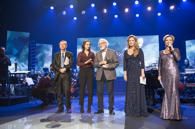Franciszek Pieczka odebrał Nagrodę im. Przemysława Gintrowskiego